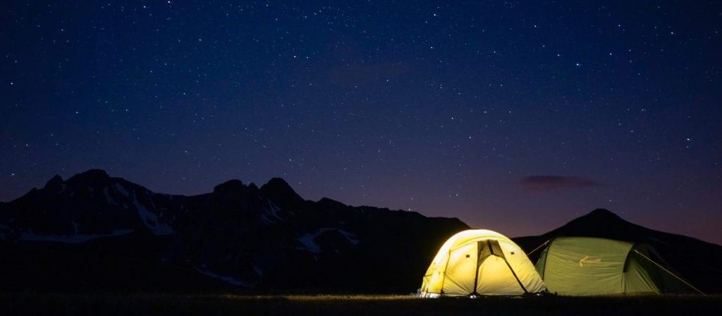 Summer Bucket List Ideas - Camp under the stars