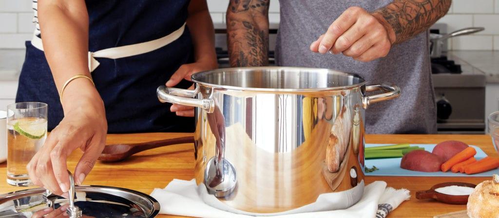 Summer Bucket List Ideas - take a cooking class